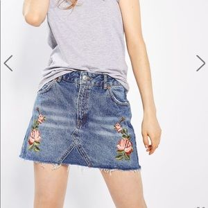Topshop Moto rose embroidered denim skirt 4